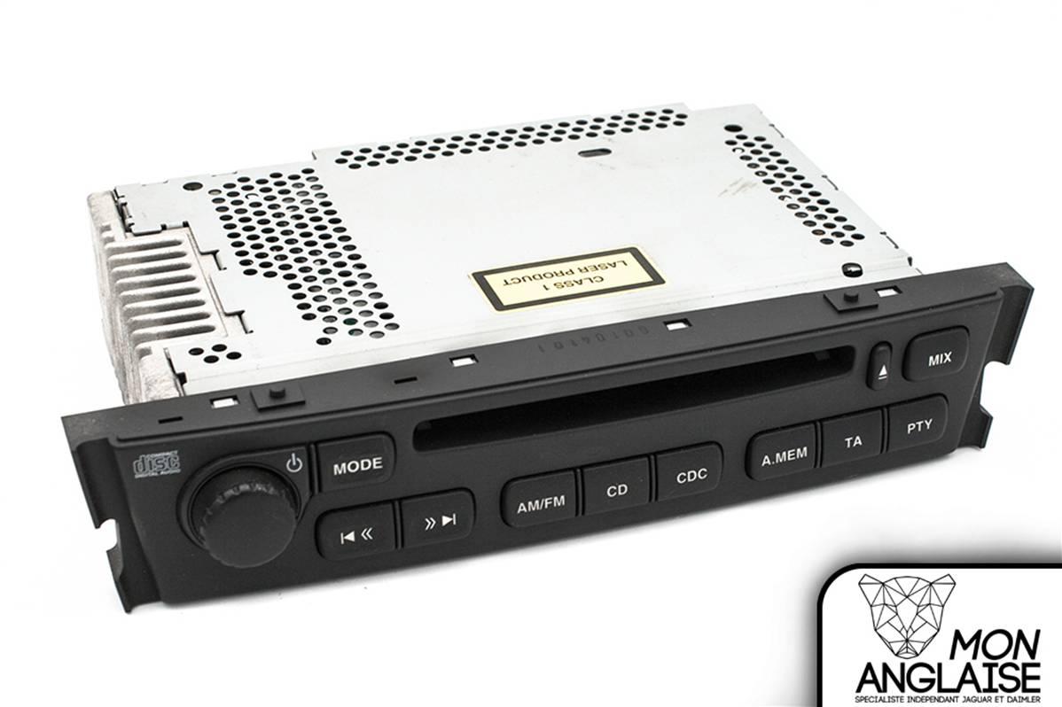 autoradio lecteur cd avec navigation d 39 occasion de jaguar s type 2002 5 2008 r f rence xr856067. Black Bedroom Furniture Sets. Home Design Ideas