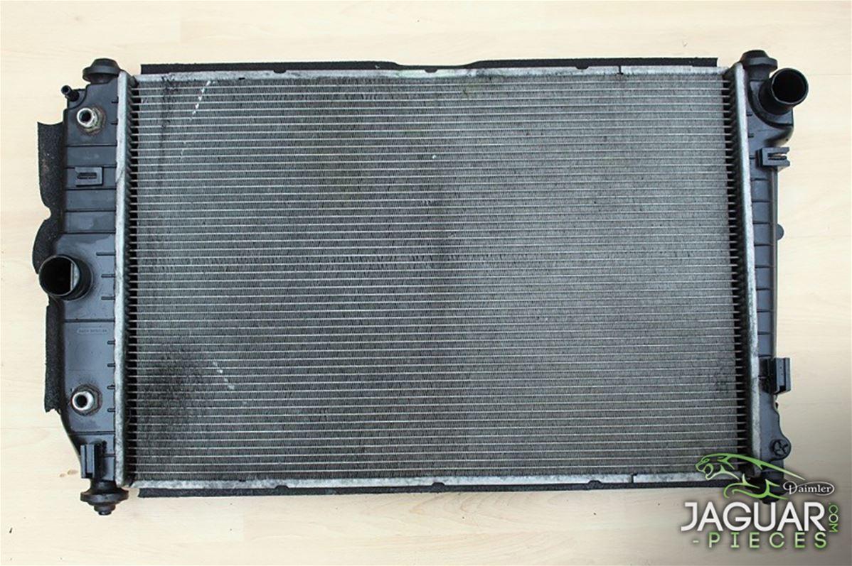 radiateur de refroidissement d 39 occasion de jaguar xk8. Black Bedroom Furniture Sets. Home Design Ideas